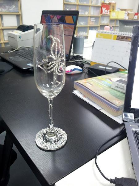 Photo: Wine Glasses With Swarovski Crystal Studded