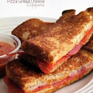 Pizza Grilled Cheese Dippers.