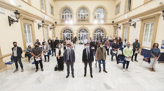 Diputación ayuda a 30 autónomos, profesionales y pymes de la cultura