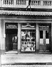 Photo: Ouriveraria. Provavelmente localiza-se na Rua do Imperador. Foto sem data