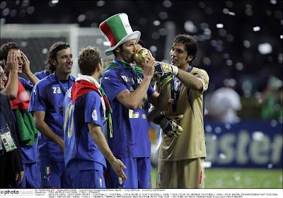 Ce qu'a vraiment dit Marco Materazzi à Zinedine Zidane lors de la finale du Mondial 2006