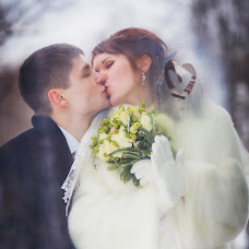 Wedding photographer Dinara Kozlova (DinaraDinara). Photo of 19.03.2015