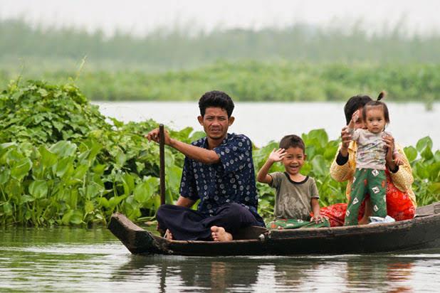Boat trip on Tonle Sap