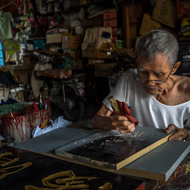 Traditional Signboard Maker by Adrian Choo - People Professional People ( writings, caligraphy, art, traditional, chinese, heritage )
