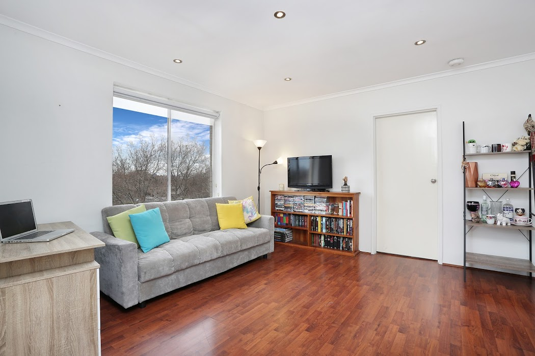 Main photo of property at 10/250 Dandenong Road, St Kilda East 3183