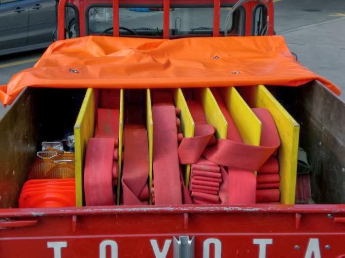 Schlauchverlegefahrzeug (alt) mit Motorspritze ZKF