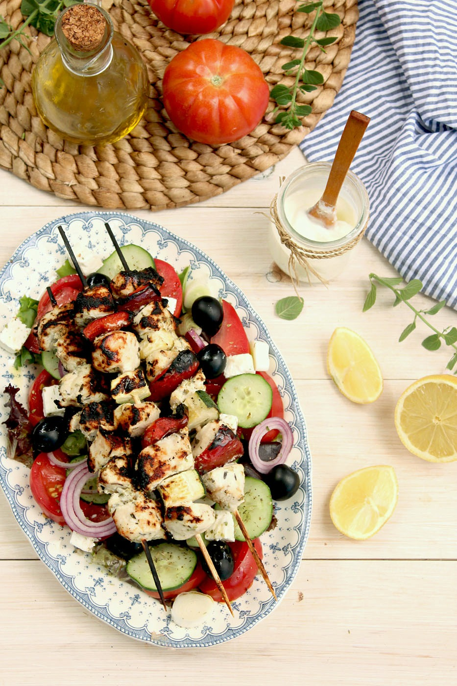souvlaki with tzatziki chicken souvlaki with tzatziki gryos with greek ...