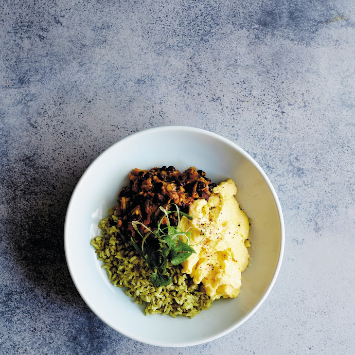 Smoky Mexican Black Bean Breakfast Bowl Recipe