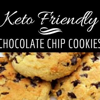 Keto Chocolate Chip Cookies.