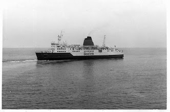 "Photo: ""Chartres"" leaving Folkestone September 2, 1975 (Photo: A.M.S. Russell)"