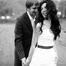 Wedding photographer Vasiliy Tikhomirov (BoraBora). Photo of 19.03.2014