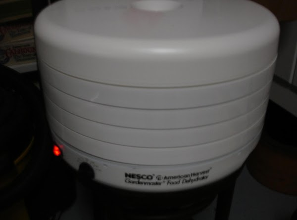 Here is my dehydrator...Nesco American Harvest.  What is nice is that you can stack as many racks as needed into the tower, easy to clean, easy to store, and easy to use...set temp and plug it in.