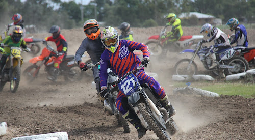 Senior Lites winner Tyler Bullen leads the pack in his first race, which he comfortably won.