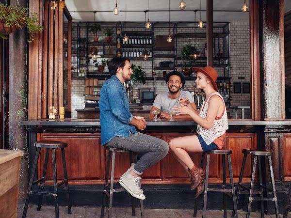 Bar Stools Guide for Backrest vs Backless in 2021