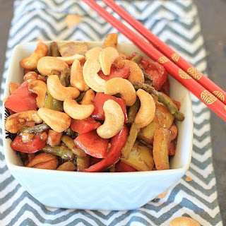 Stir Fried Asparagus with Bell Peppers and Cashew Nuts Recipe