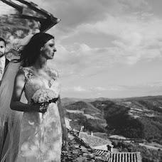 Fotografo di matrimoni Tiziana Nanni (tizianananni). Foto del 10.08.2017