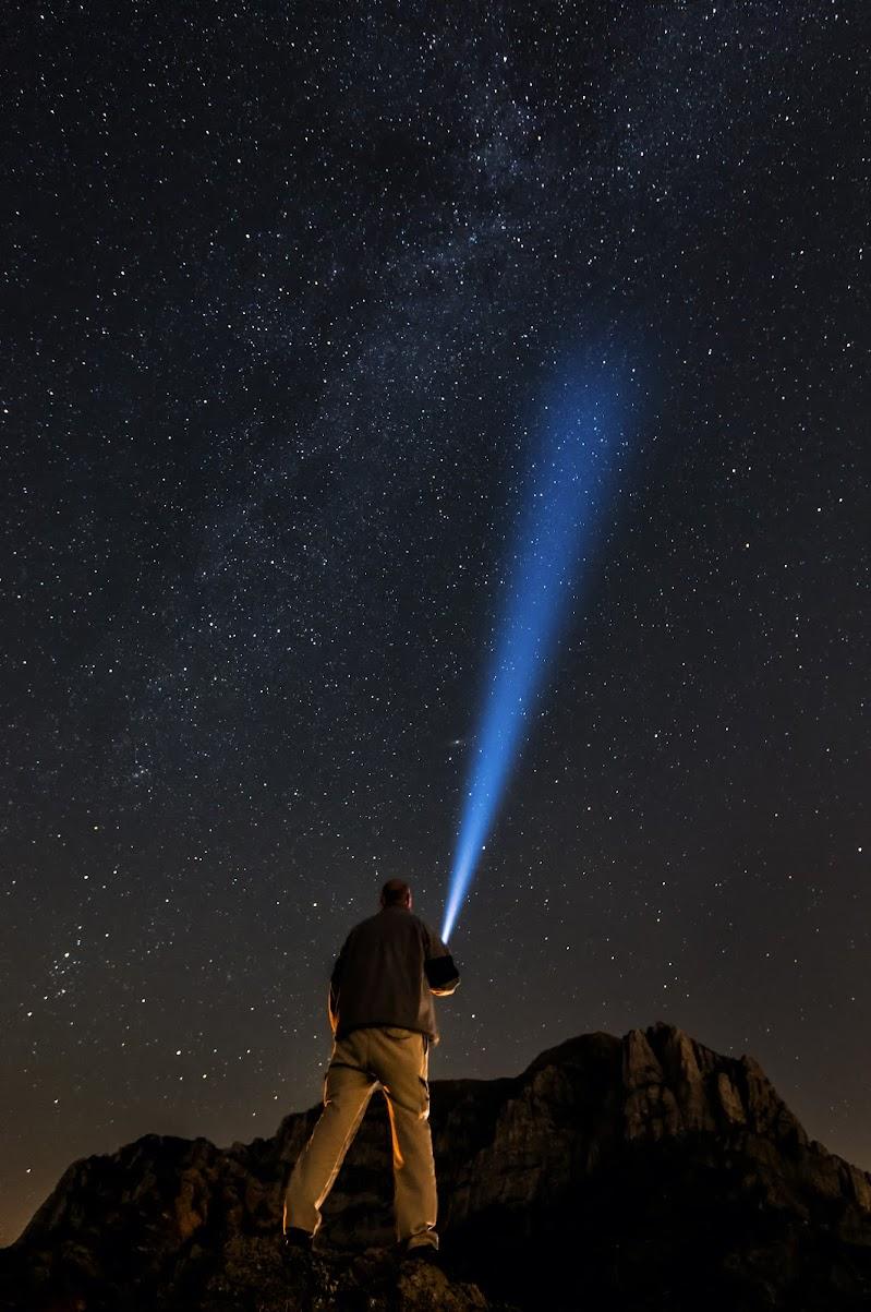 Una luce nella notte  di Alberto_Caselli