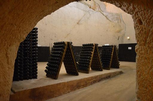 Conheça as caves centenárias de Champagne patrimônio  mondial UNESCO