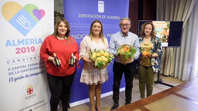 Presentación del 'Reconocimiento a la Naranja', ayer en la Diputación.