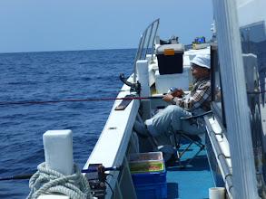 Photo: ・・・未だ真鯛「ゼロ」のオギノ先生。 11時回りました。