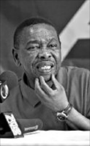 Blade Nzimande, SACP President addresses the media on the Central Committee meeting.Pic. Martin Rhodes..© Business Day. 24/08/2008.