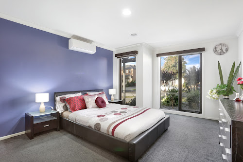 Photo of property at 22 Stately Drive, Cranbourne East 3977