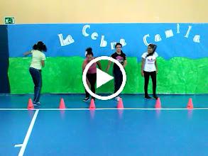 Video: Coreografias de Ed. fisica. Alumnas de 6ºA de Primaria. ¡Buen trabajo campeonas!