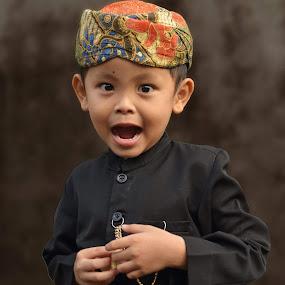 nak lanang by Fahmi Setyawan - Babies & Children Child Portraits