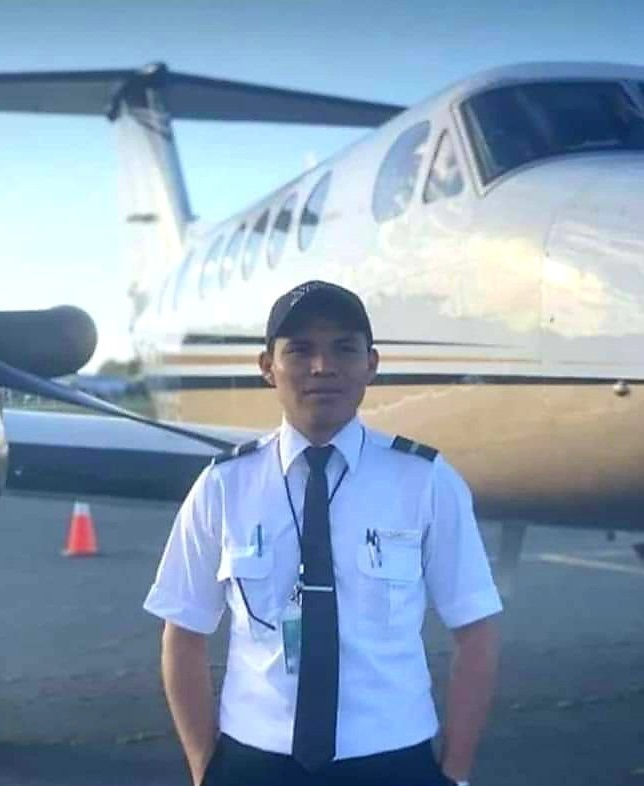 Young man becomes the first indigenous pilot in the United States