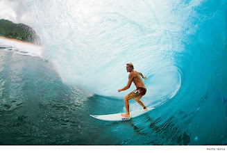 Photo: Photo of the Day: Dusty Payne, Pipeline. Photo: Noyle #Surfer #SurferPhotos