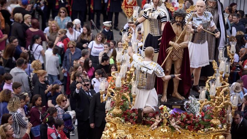 La Coronación, según el objetivo de Juan Sánchez.
