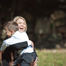 Wedding photographer Nadezhda Yarullina (Sofarina). Photo of 15.11.2012