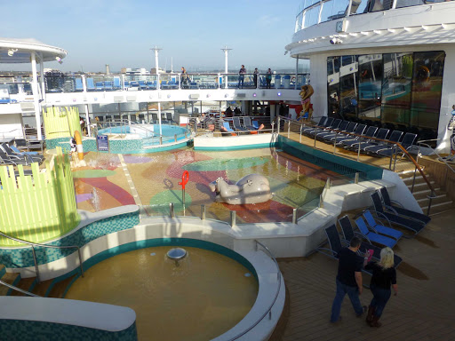 H20-zone-quantum-of-the-seas.jpg - The kid-friendly H20 Zone on Royal Caribbean's Quantum of the Seas.