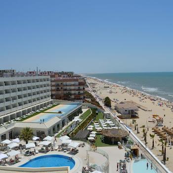 terrasse piscines plage onhotel