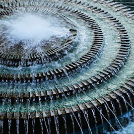 Water circles by Neil H - City,  Street & Park  Fountains ( fountain, circles, water, water fall, water drops, running water, drops, curves, round, fountains, circle, water feature, water design )