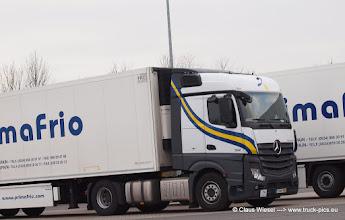 Photo: Primafrio / Spanien, New Actros   Absatzzentrale in Kempen am Niederrhein   ------> click for more: www.truck-pics.eu