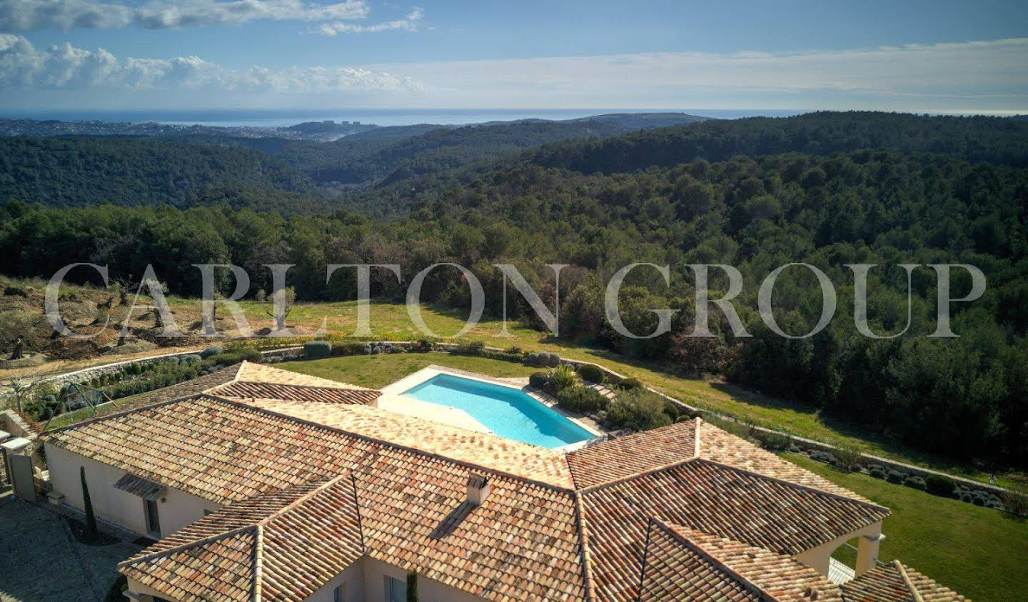 Villa with pool Roquefort-les-Pins
