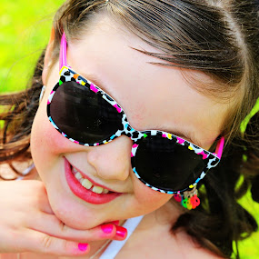Diva by Jake Barrows - Babies & Children Child Portraits ( child, bright, pink, diva, sunglasses )