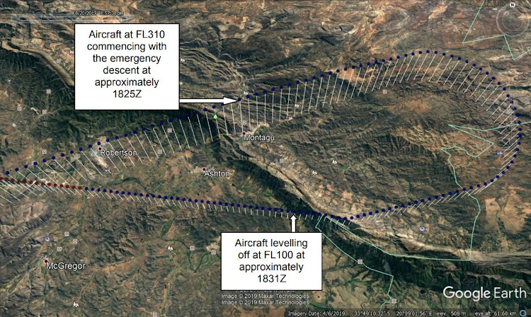An illustration from the CAA investigation report, depicting the FlySafair Boeing 737-400's emergency six-minute descent from 31,000ft to 10,000ft, after which it returned to Cape Town.