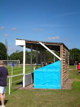 Photo: 29/08/05 v Badshot Lea (Hellenic League Division 1E) - contributed by Martin Wray
