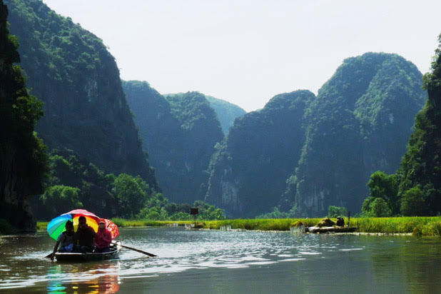 Vietnam discovery with bike and boat