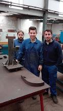 Photo: Cesar, Borja y Diego con su proyecto de columna con ménsula