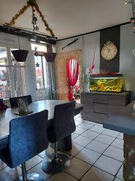 maison à Villaines-la-Juhel (53)