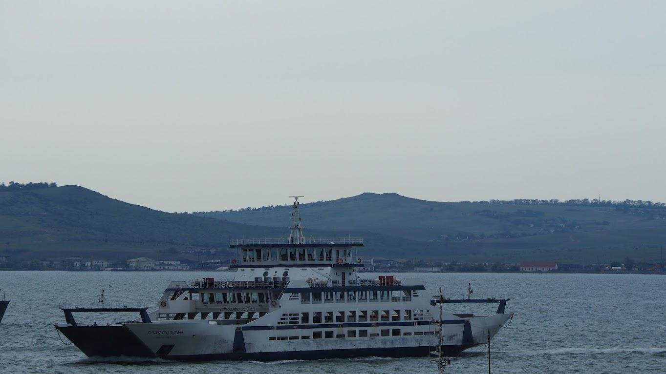 Июнь 2015 Порт Кавказ - паром Гликофилоуса 3 Новороссийск
