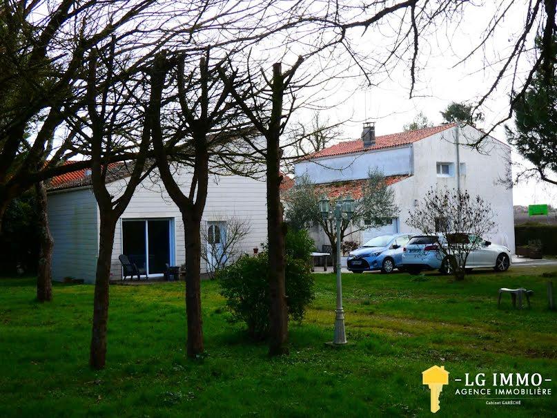 Vente maison 6 pièces 227 m² à Meschers-sur-Gironde (17132), 342 500 €