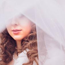 Wedding photographer Tatyana Bezobrazova (titana). Photo of 25.02.2015