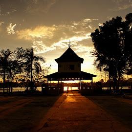 Keraton Sambas Palace by Mulawardi Sutanto - Buildings & Architecture Public & Historical ( palace, sambas, kalimantan, keratob, travel, istana )