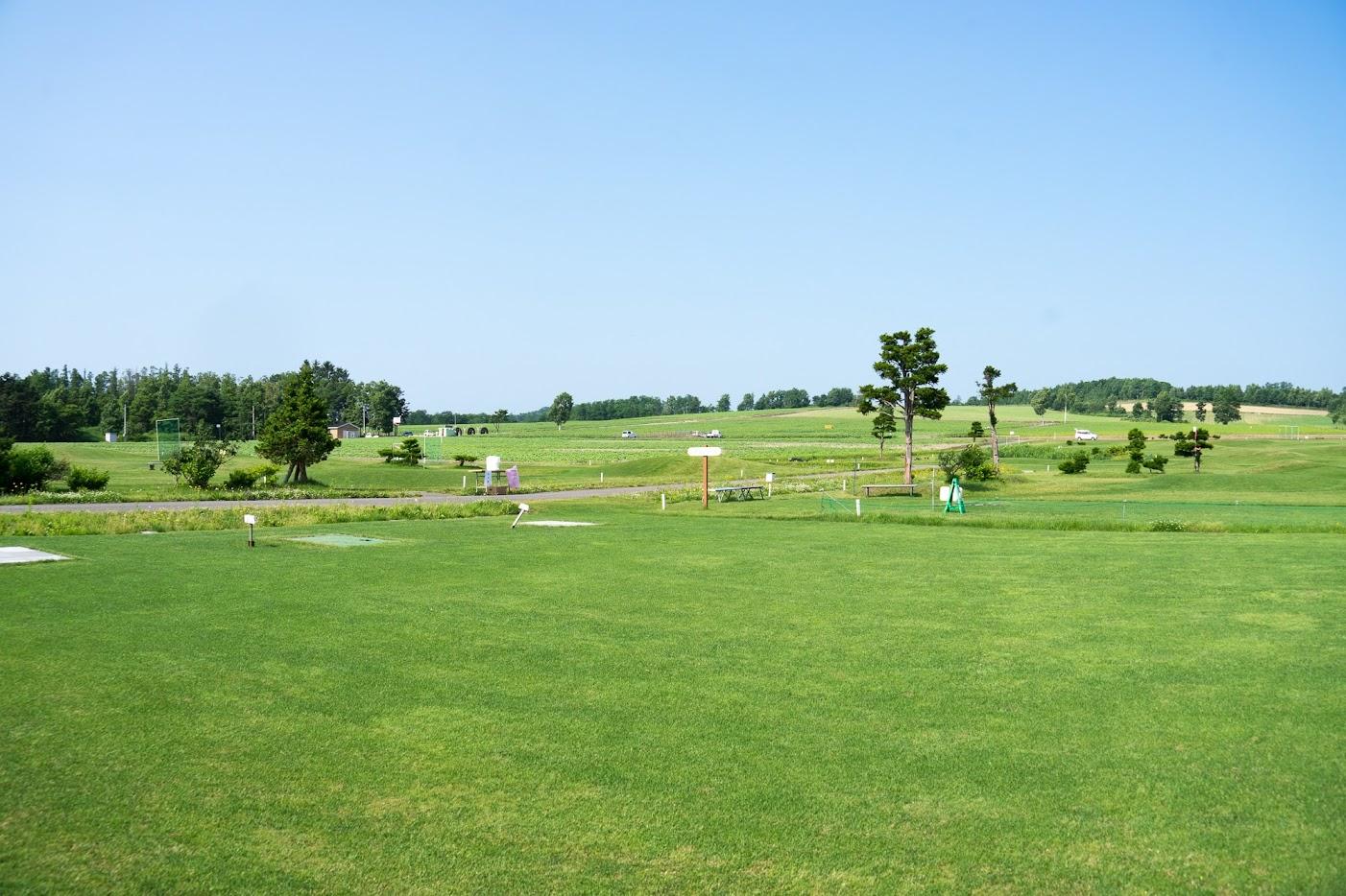 緑濃い北竜町ひまわりパークゴルフ場
