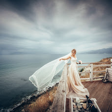 Wedding photographer Evgeniy Zhdanov (JOHN-TURTLE). Photo of 02.11.2017