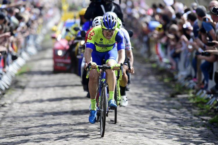 Ploeg van overleden Duquennoy start niet in Parijs-Tours